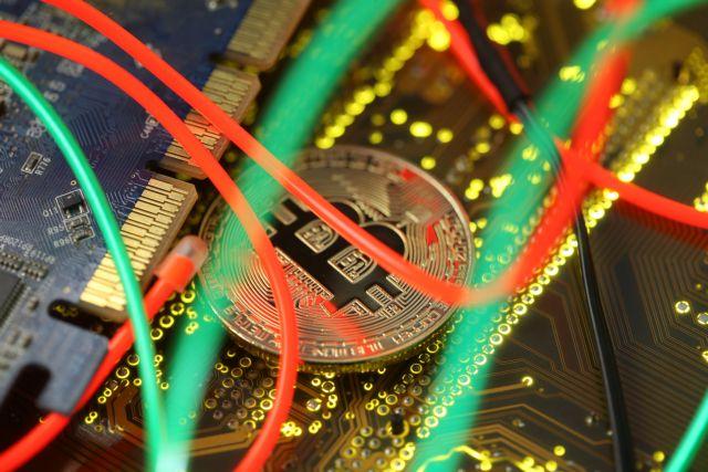 Συνεχίζεται η κατάρρευση του bitcoin – Κάτω από $6.000 | tovima.gr