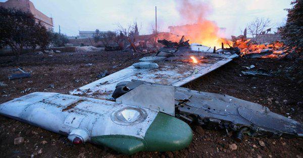 Ρώσος πιλότος αυτοκτονεί για να μην πέσει στα χέρια τζιχαντιστών (Βίντεο)   tovima.gr
