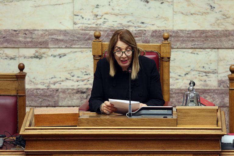 Βουλή: Η Χριστοδουλοπούλου, ο Αθανασίου και ο …διάβολος   tovima.gr