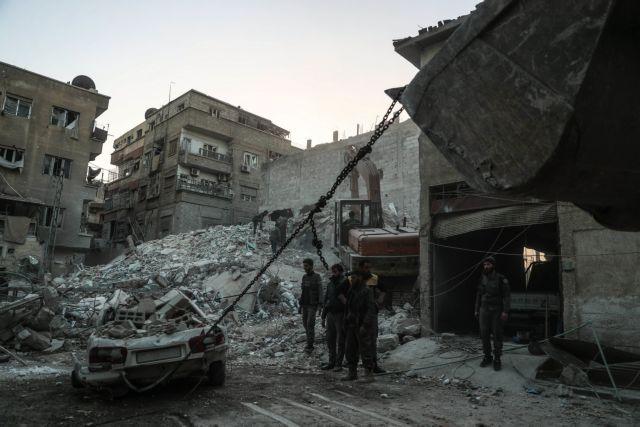 Συρία: Πάνω από 70 άμαχοι νεκροί από αεροπορικόύς βομβαρδισμούς | tovima.gr