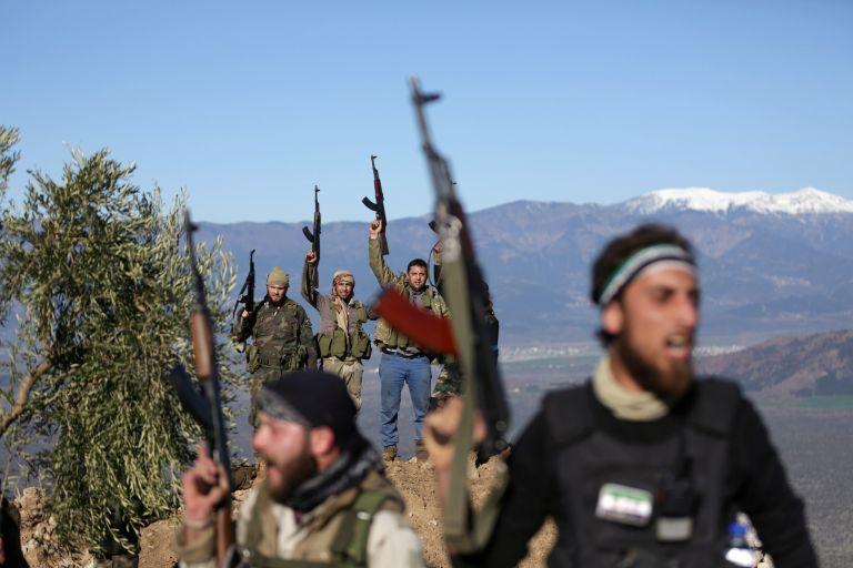 Συρία: Φιλοκυβερνητικές δυνάμεις εισέρχονται στο Αφρίν | tovima.gr