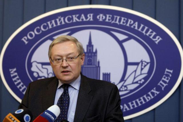 Μόσχα: «Παίζουν με τη φωτιά όσοι επιδιώκουν την καταστροφή των σχέσεων με ΗΠΑ» | tovima.gr