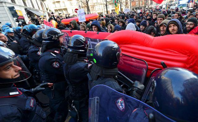 Συγκρούσεις αστυνομίας με ακροαριστερούς διαδηλωτές στο Μιλάνο   tovima.gr