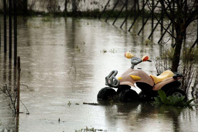 «Πνίγηκε» η Καρδίτσα: Καταστροφικές πλημμύρες και ζημιές | tovima.gr