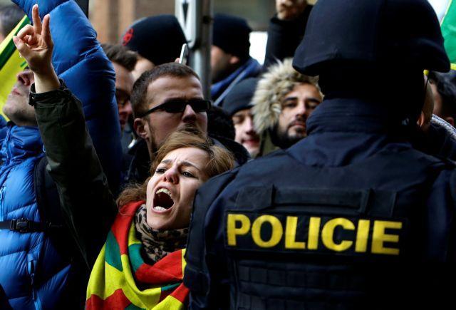 Τουρκία: Καλούν από τηλεοράσεως σε δολοφονίες   tovima.gr
