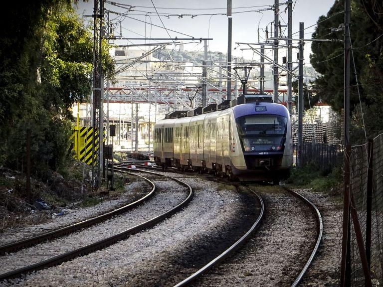 Σε εικοσιτετράωρη απεργία σήμερα τα τρένα | tovima.gr