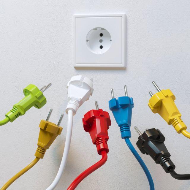 Ηλεκτροσόκ από τους θεσμούς για το λιανεμπόριο ρεύματος | tovima.gr