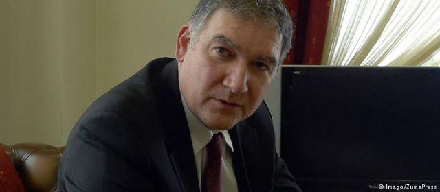 DW: Τιμές και όχι διώξεις για τον Ανδρέα Γεωργίου | tovima.gr
