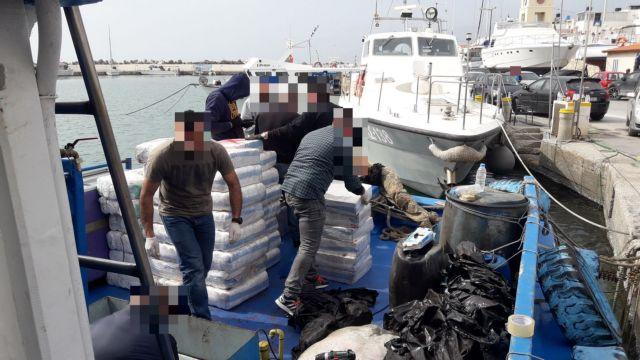 Προφυλακιστέοι οι ναυτικοί του «CELINE STAR» | tovima.gr