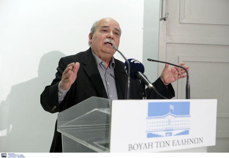 Αιχμές Βούτση για την «πολιτική και πολιτισμική έκπτωση» της Βουλής | tovima.gr