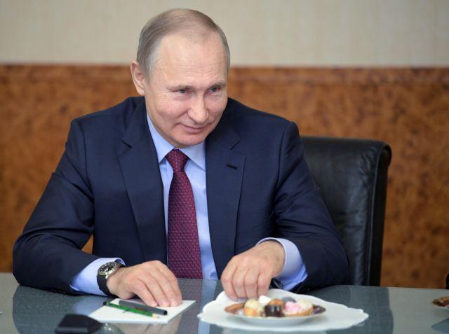 Πούτιν θα ψηφίσουν oι δύο στους τρεις ρώσοι ψηφοφόροι   tovima.gr