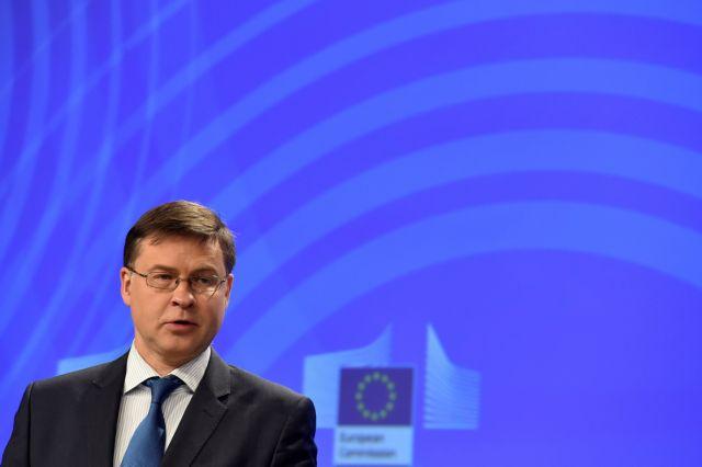 Ντομπρόβσκις και Τόμσεν ελπίζουν σε σύντομη συμφωνία για το ελληνικό χρέος | tovima.gr