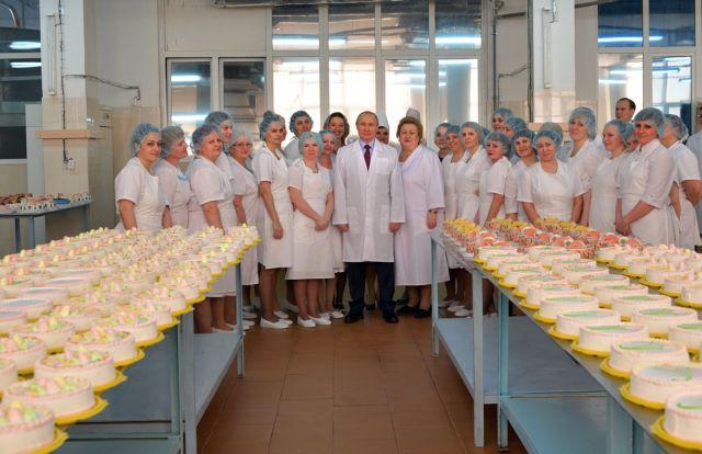 Ο Πούτιν επαινεί τα χαρακτηριστικά των γυναικών που διευθύνουν επιχειρήσεις   tovima.gr