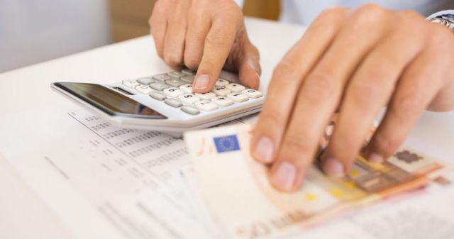 Κύμα κατασχέσεων: Ένας στους δύο χρωστά στα ταμεία | tovima.gr