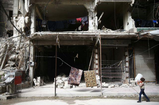 Συρία: Σε κίνδυνο η αποστολή ανθρωπιστικής βοήθειας στην Γκούτα | tovima.gr