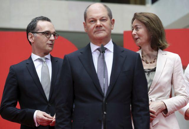 Ολαφ Σολτς: Η βελούδινη διαδοχή στο γερμανικό υπουργείο Οικονομικών | tovima.gr