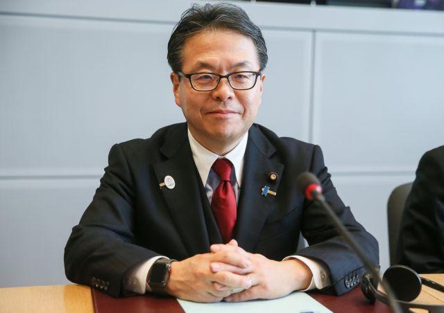 Η Ιαπωνία ελπίζει ακόμα να εξαιρεθεί να από τους δασμούς του Τραμπ   tovima.gr