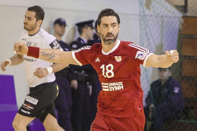 Ο Ολυμπιακός στον τελικό, απέκλεισε τον ΠΑΟΚ με 22-21   tovima.gr