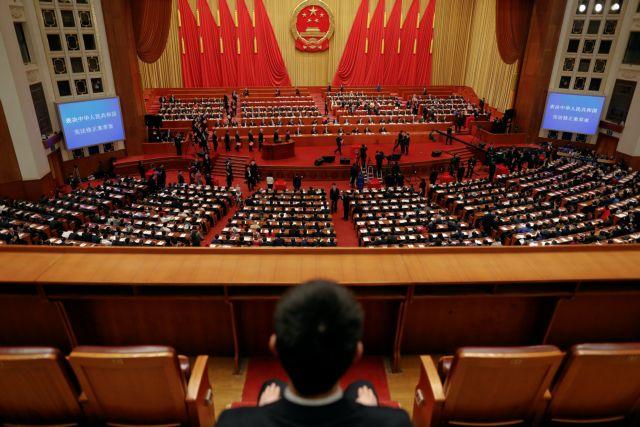 Κίνα: Πρόεδρος… επ' αόριστον ο Σι Τζινπίνγκ | tovima.gr
