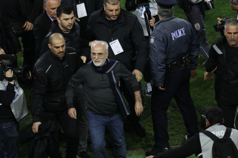 Εξηγήσεις για τη μη σύλληψη του Ιβάν Σαββίδη από την Ένωση Αστυνομικών | tovima.gr