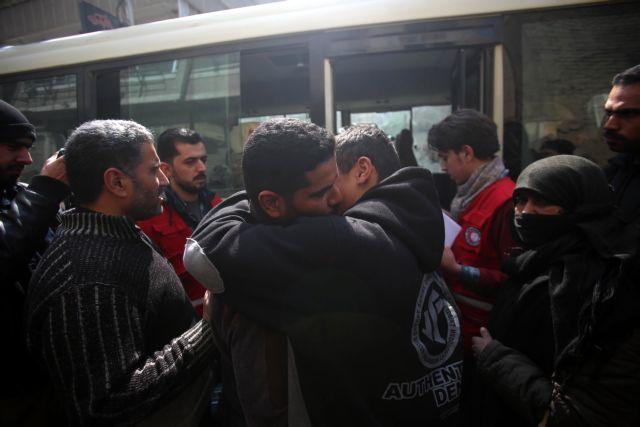 Συρία: Πλέον των 300 ανθρώπων έχουν εγκαταλείψει την Γούτα | tovima.gr