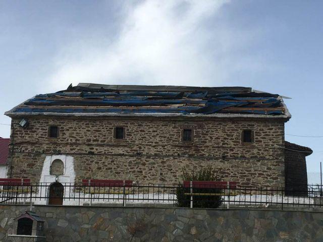 Ανεμοθύελλα προκάλεσε καταστροφές στο δήμο Δεσκάτης Γρεβενών | tovima.gr