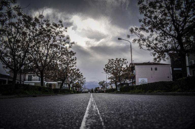 Άστατος καιρός με τοπικές βροχές τη Μ. Παρασκευή | tovima.gr