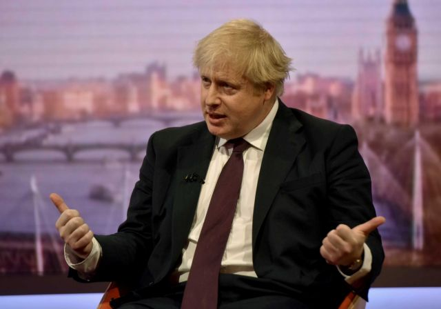 Η Βρετανία κατηγορεί τη Ρωσία ότι αποθηκεύει ποσότητες του φονικού Novichok | tovima.gr
