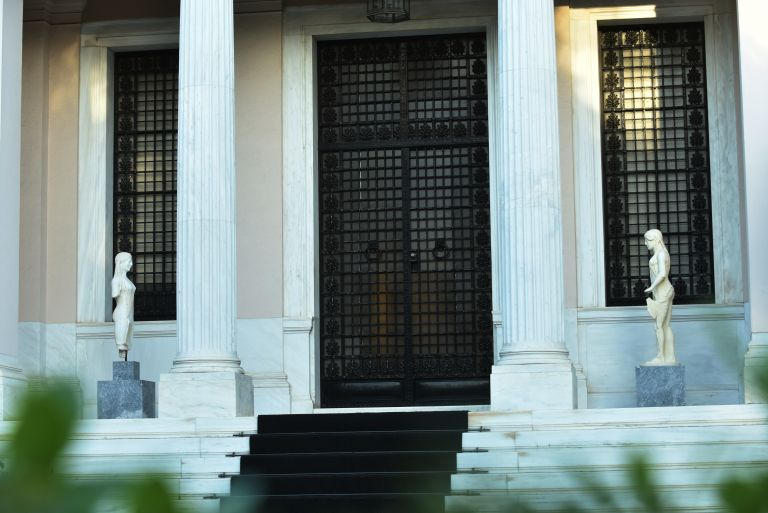 Προς τριήμερο εθνικό πένθος προσανατολίζεται η κυβέρνηση | tovima.gr