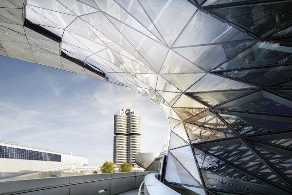 Ερευνα της εισαγγελίας του Μονάχου σε μονάδες του BMW Group | tovima.gr