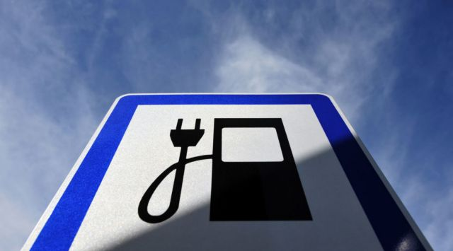 ΔΕΔΔΗΕ: Πάνω από 1.500 σταθμοί φόρτισης ηλεκτρικών αυτοκινήτων   tovima.gr