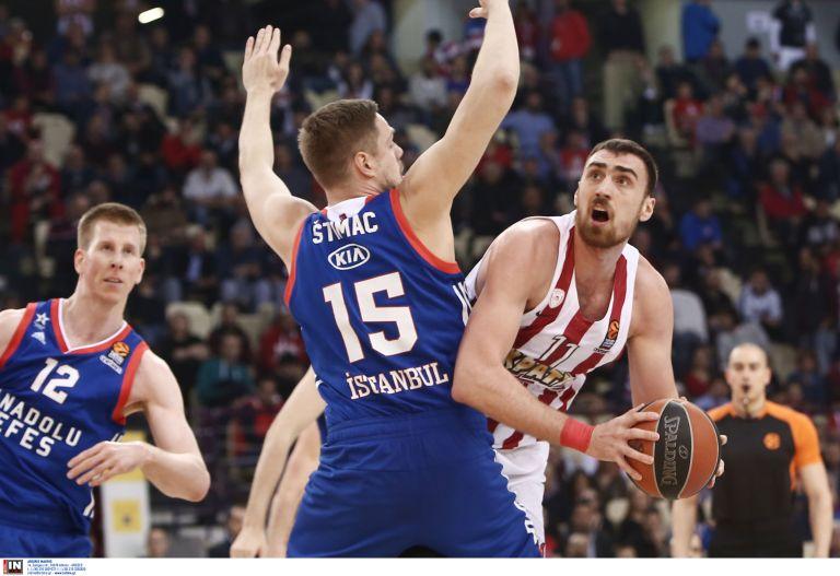 Αισιοδοξία στον Ολυμπιακό για τη συμμετοχή του Μιλουτίνοβ | tovima.gr