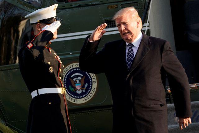 Ο Τραμπ προήγαγε σε υποναύαρχο τον γιατρό του Λευκού Οίκου | tovima.gr