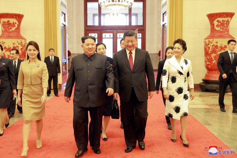 Ραγδαίες οι εξελίξεις στην βορεοκορεατική χερσόνησο μετά το μυστικό ταξίδι Κιμ στο Πεκίνο | tovima.gr