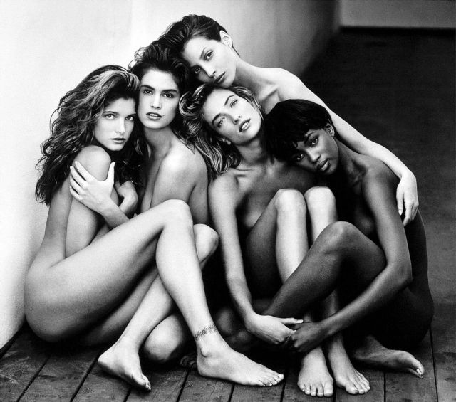 Ο Sotheby's δημοπρατεί τις πιο διάσημες φωτογραφίες μόδας του 20ου αιώνα | tovima.gr