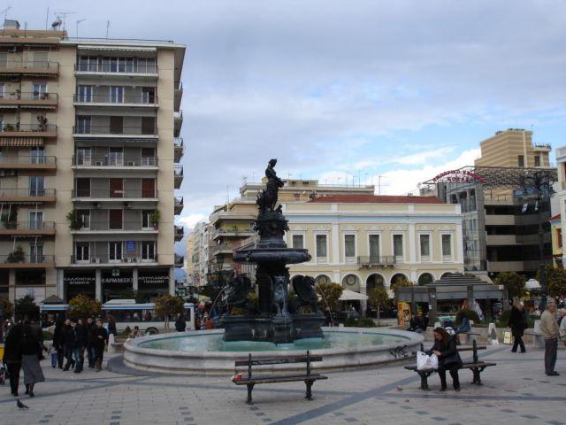 Ο Δήμος Πατρέων καταργεί το τέλος €70 για τον πολιτικό γάμο | tovima.gr