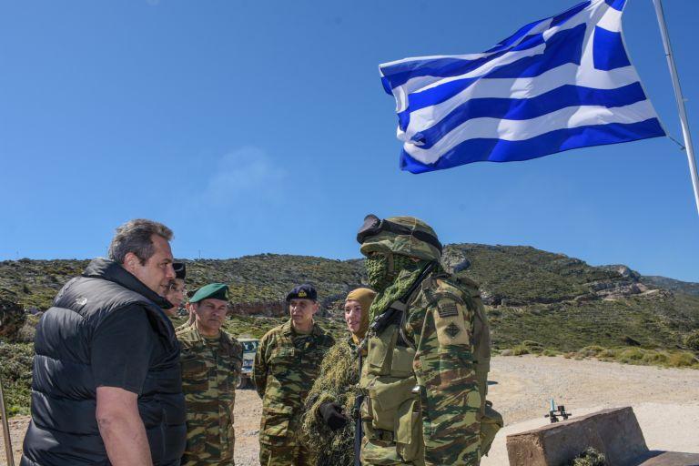 Καμμένος: Δεν μας γονατίζουν οι προκλήσεις και οι απειλές | tovima.gr