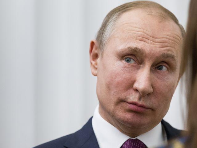 Οι ΗΠΑ επέβαλαν κυρώσεις σε επτά Ρώσους ολιγάρχες του Πούτιν | tovima.gr