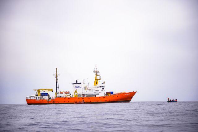 Σαλβίνι: Επιτυχία η απαγόρευση ελλιμενισμού του πλοίου με τους μετανάστες   tovima.gr