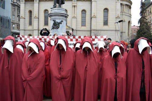 Κροατία: Επικυρώθηκε η σύμβαση για την καταπολέμηση της βίας κατά των γυναικών | tovima.gr