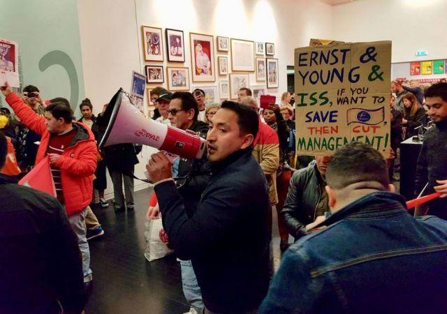 Βρετανία: Διαμαρτυρία σε έκθεση του Πικάσο για απολύσεις καθαριστών | tovima.gr