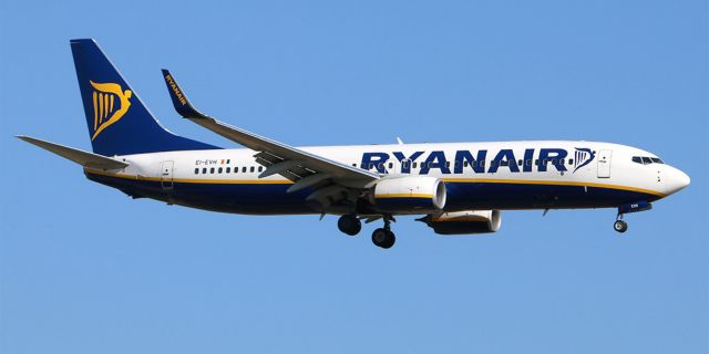 Ryanair: Γιατί αναπτύσσεται στο «Ελ. Βενιζέλος» ενώ φεύγει από Χανιά, Ρόδο | tovima.gr