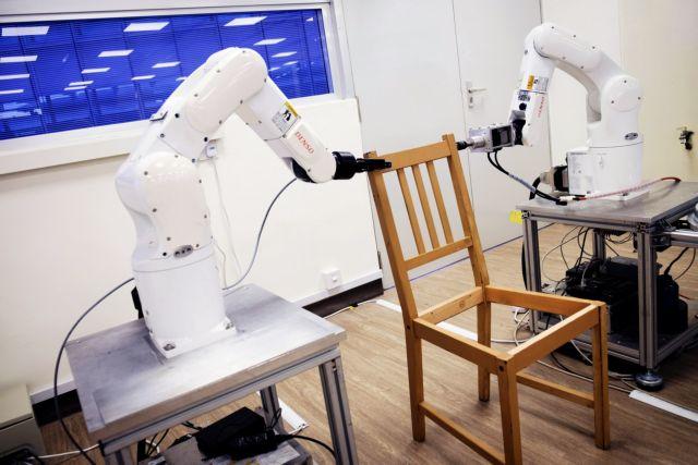 Ρομπότ συναρμολογούν μέσα σε λίγα λεπτά έπιπλα της ΙΚΕΑ | tovima.gr