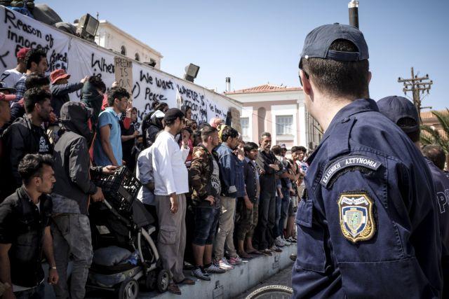 Αστυνομικοί: Ανησυχία από τις επεισοδιακές εξελίξεις στη Μυτιλήνη | tovima.gr