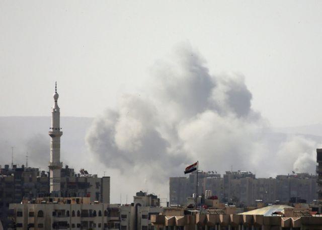 Συρία: Δέχθηκαν να παραδοθούν οι αντάρτες που ελέγχουν τον καταυλισμό Γιαρμούκ | tovima.gr