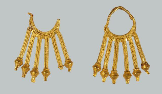 Αρχαιότητες και βυζαντινά κοσμήματα σε έκθεση για το «Ωραίο» | tovima.gr