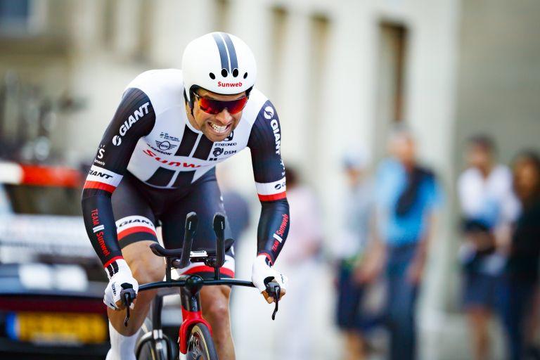 Οι αγώνες ποδηλασίας κάνουν στάση στην Ελβετία | tovima.gr