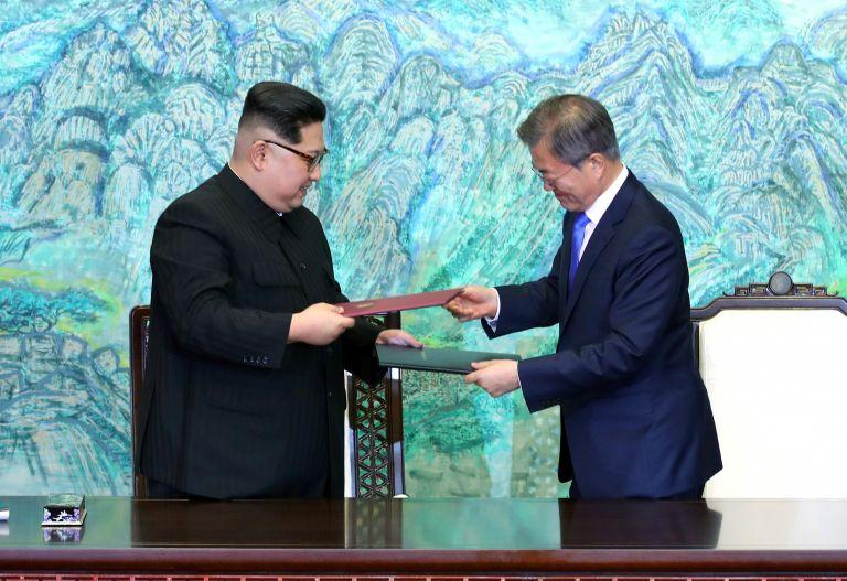 Βόρεια και Νότια Κορέα συγχρόνισαν τα ρολόγια τους | tovima.gr