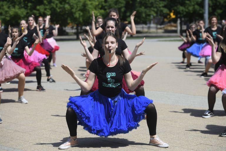 Η παγκόσμια ημέρα χορού ανά τον κόσμο | tovima.gr
