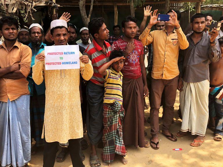 Μιανμάρ: Χιλιάδες άνθρωποι φεύγουν για να γλιτώσουν από τις μάχες στα βόρεια της χώρας | tovima.gr